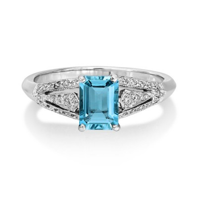 18Ct. White Gold Aquamarine and Diamond Ring