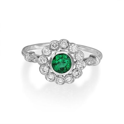emerald ring 0.46ct. set with diamond in cluster ring smallest Image