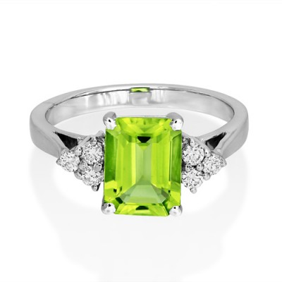 peridot ring 2.54ct. set with diamond in seven stone ring smallest Image