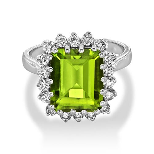 peridot ring 4.33ct. set with diamond in cluster ring smallest Image