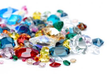 Turn heads with coloured gemstones